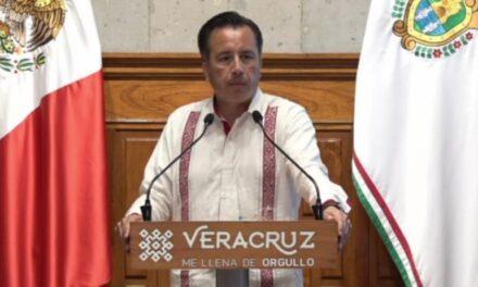 """Lanza el gobernador el Decreto para el programa """"No te Confíes, Cuida tu Salud"""","""