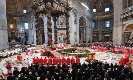 Ante la crisis económica el Vaticano anuncia recortes de sueldos