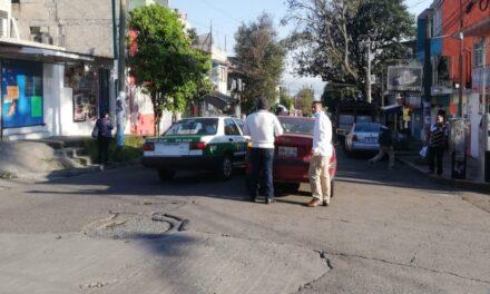 Accidente de tránsito sobre la calle Chilpancingo, Xalapa