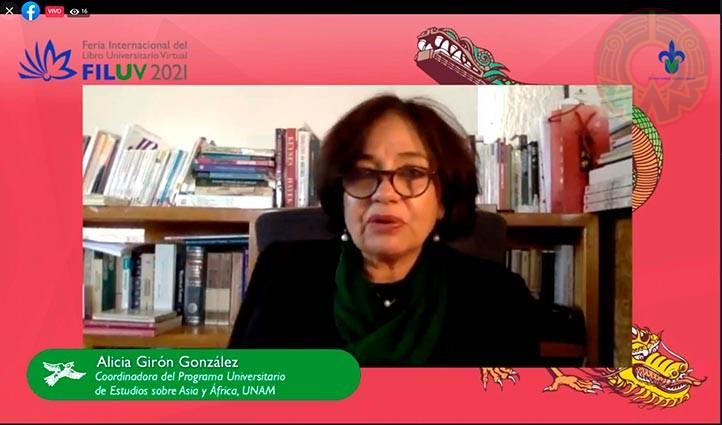 Alicia Girón, una de las coordinadoras del libro