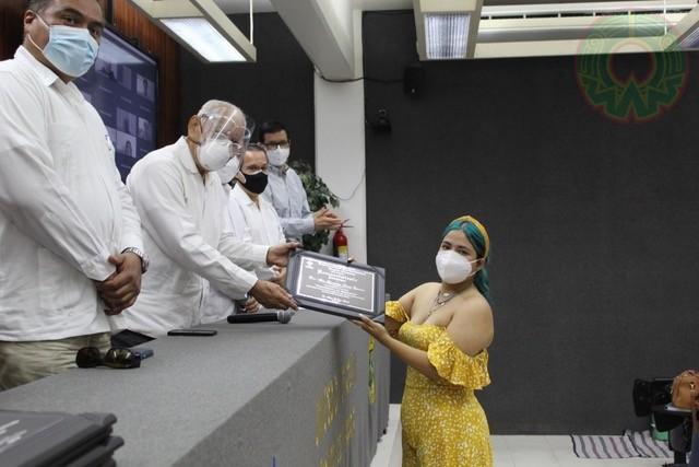 Las autoridades universitarias de la región recordaron y enaltecieron el trabajo de Ipsa Guadalupe Limón Espinoza, fundadora del Ceehac