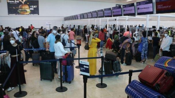 Registra Aeropuerto Internacional de Cancún 379 operaciones aéreas este jueves