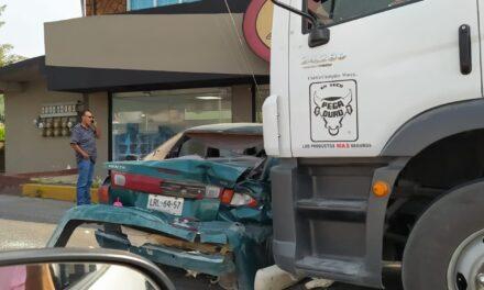 Segundo accidente del día en el bulevar Xalapa-Banderilla, a la altura de La Posta