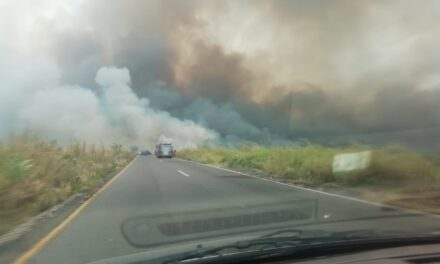 Cerrada la carretera Coatzacoalcos-Minatitlán por incendio