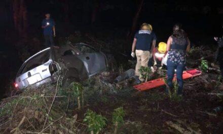 Se registra accidente en la carretera Coatepec – Tuzamapan