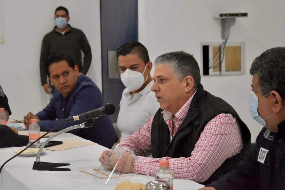 Secretario de Seguridad Pública se reúne con reporteros de la fuente policiaca