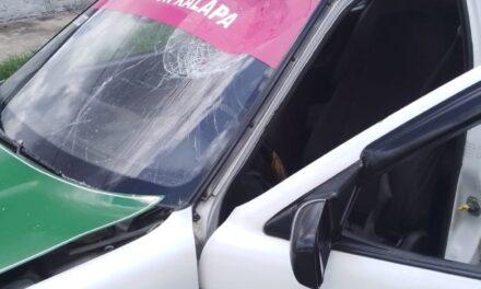Motociclista lesionado en accidente de tránsito en la Unidad Ferrocarrilera, Xalapa
