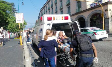 Persona de la tercera edad atropellada en el centro de Xalapa