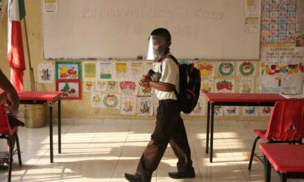 Aplazan segunda fase de clases presenciales en Campeche tras docente con Covid