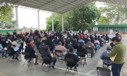 Con orden y buena participación mañana termina aplicación de vacunas en Xalapa