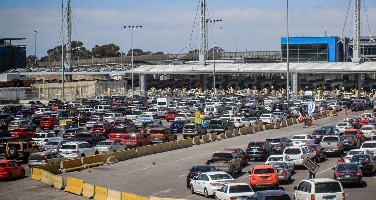 Hasta el 21 de junio, México y EU extienden cierre de la frontera a viajes no esenciales
