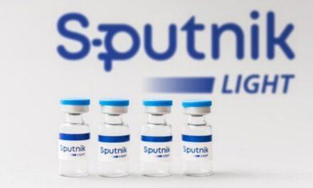 """Rusia registra la """"Sputnik Light"""", vacuna anti-COVID de una dosis con 79.4% de efectividad"""