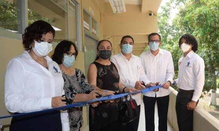 UV inauguró edificio, servicio médico, laboratorio y cafetería en Poza Rica