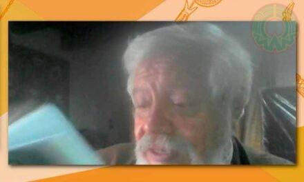 Adolfo Castañón presentó La magnolia entre bambalinas, en la FILUV