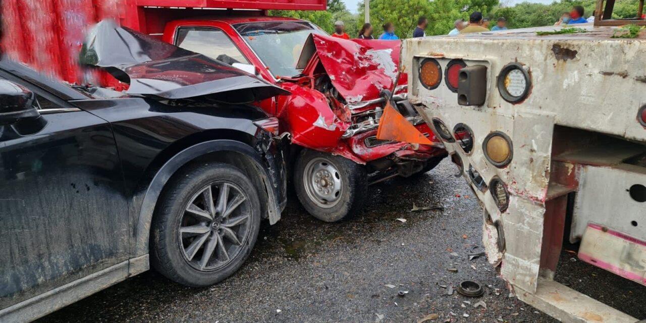 Accidente de tránsito sobre la carretera Coatzacoalcos-Salina