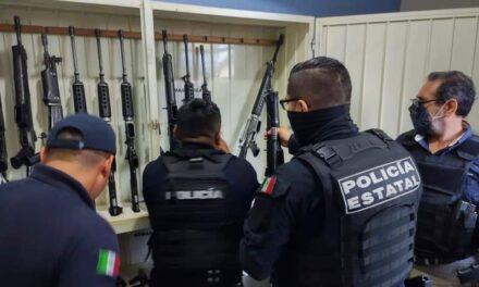 SSP realiza operativo de desarme y relevo de funciones de las policías municipales de Papantla y Zongolica.