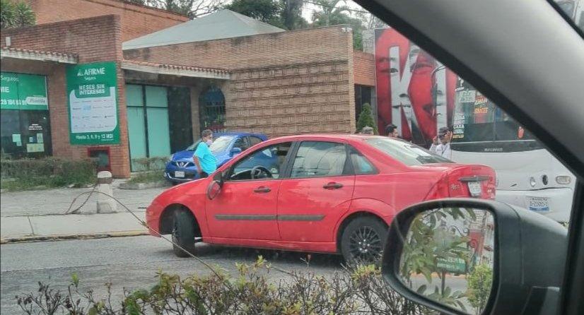Accidente de tránsito sobre la avenida 20 de Noviembre, a la altura de Caxa