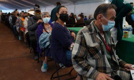 Se aplican 800 mil dosis en un día en el país; se rompe un nuevo récord de vacunación anticovid