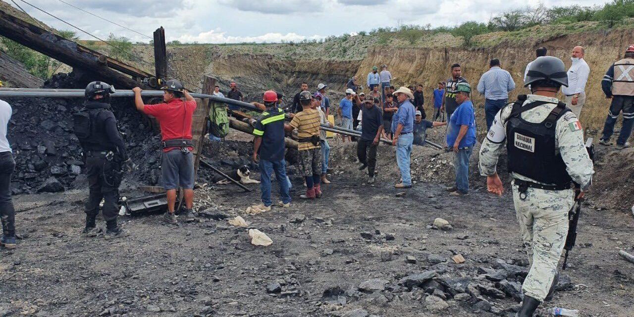 Colapso en mina de Coahuila deja atrapados al menos a 7 mineros