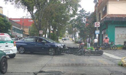 Accidente de tránsito sobre la avenida Américas esquina Salvador González : 2 heridos