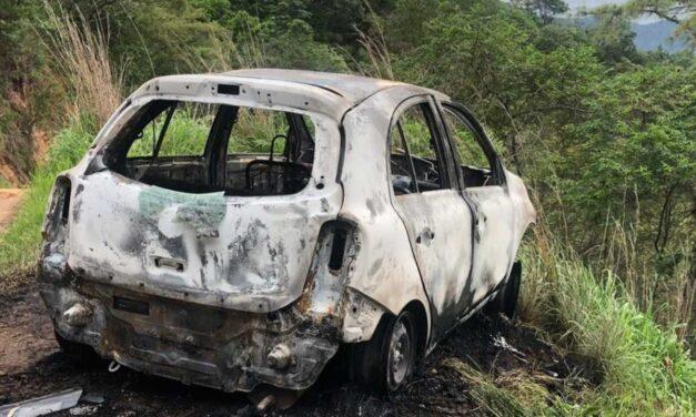 Localizan 4 cuerpos calcinados dentro de auto en Chiapas