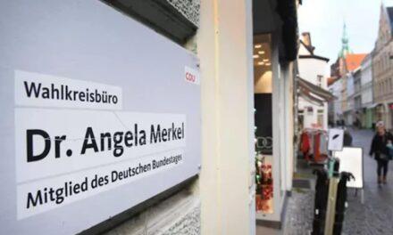 Evacuan oficina de Angela Merkel por paquete sospechoso; hay un detenido