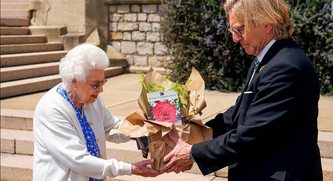 Así conmemoran lo que hubiese sido el cumpleaños 100 del fallecido príncipe Felipe