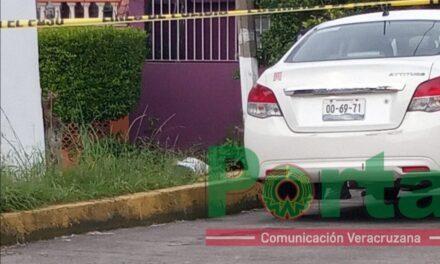Persona pierde la vida sobre calle Paricutin, Xalapa