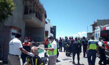 Se derrumba loza en cluster Gran Reserva de Lomas de Angelópolis Se reportan tres personas lesionadas