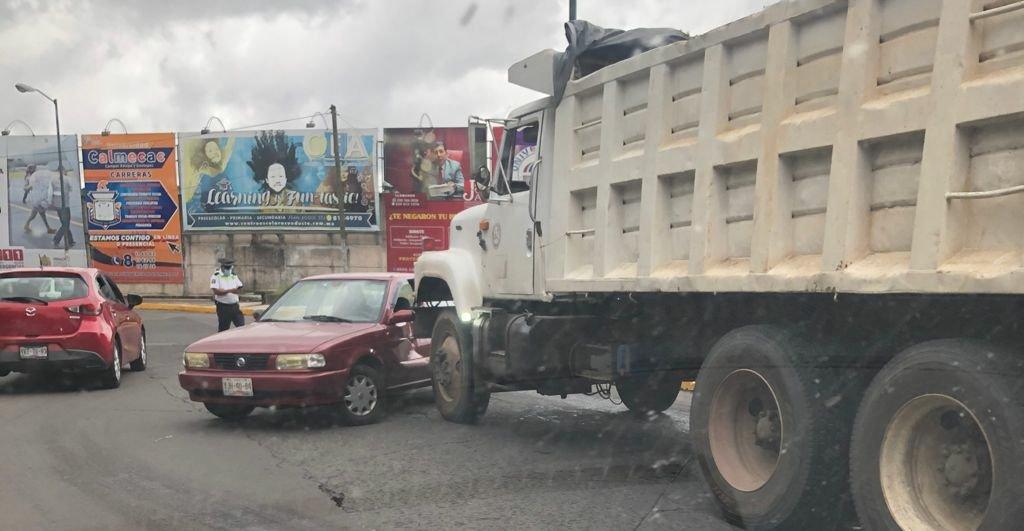 Accidente de tránsito en la zona de Los Sauces, Xalapa