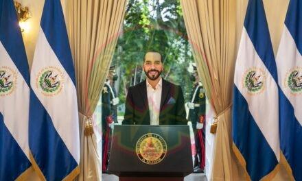 El presidente de El Salvador, Nayib Bukele, propone aumentar en un 20 % el salario mínimo.