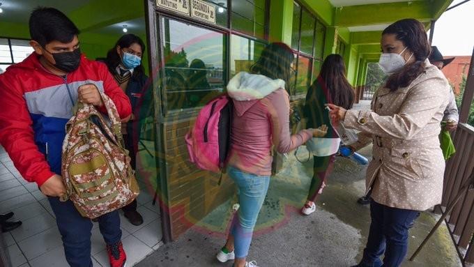 Ya no es posible tener a los niños encerrados en las casas', insiste AMLO sobre regreso a clases