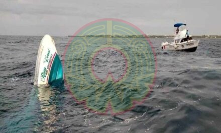 Paseo se convierte en tragedia al hundirse bote con 15 turistas en Cancún; mueren 3