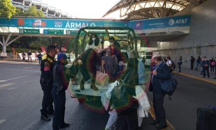 Manifestantes bloquean acceso al Aeropuerto Internacional de la Ciudad de México
