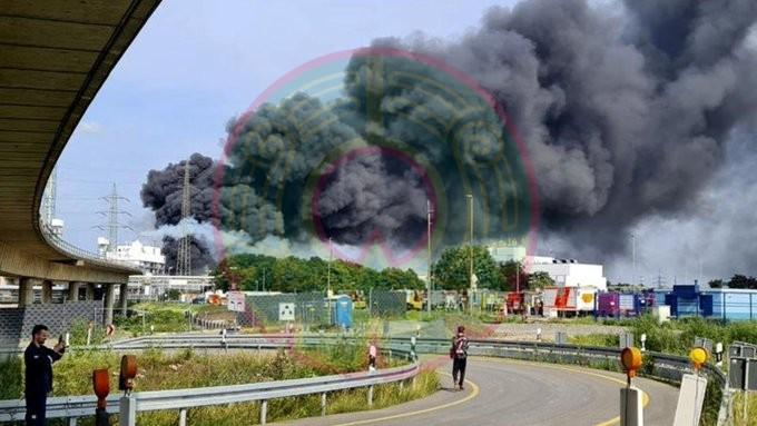 VIDEO: Se registra explosión en instalaciones de la farmacéutica Bayer en Alemania, declaran 'amenaza extrema'