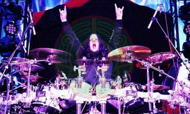 Muere baterista de Slipknot a los 46 años de edad