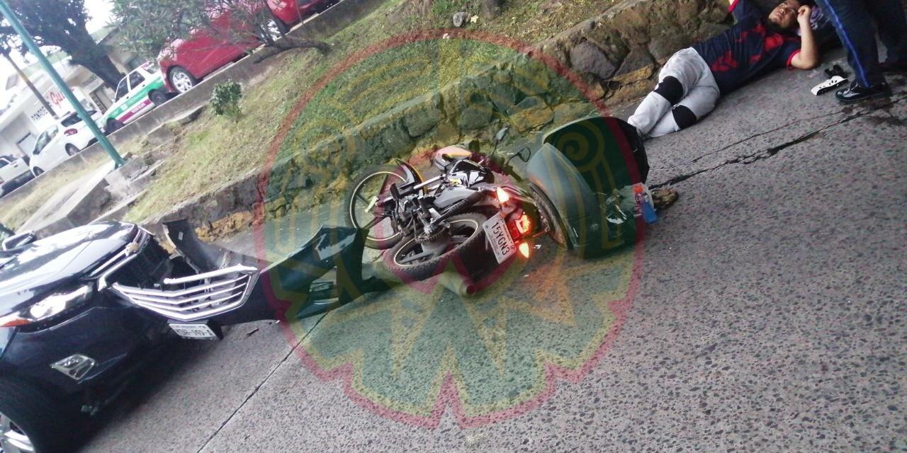 Motociclista lesionado en la avenida Pípila, Xalapa