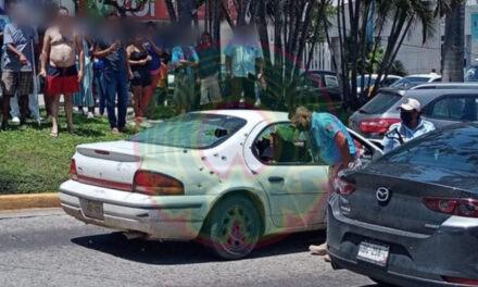 BALACERA en costera de Acapulco deja dos muertos y un herido