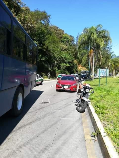 Motociclista lesionado en la carretera Xalapa- Coatepec