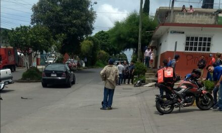 Motociclista lesionado en accidente sobre la colonia Rafael Lucio, Xalapa