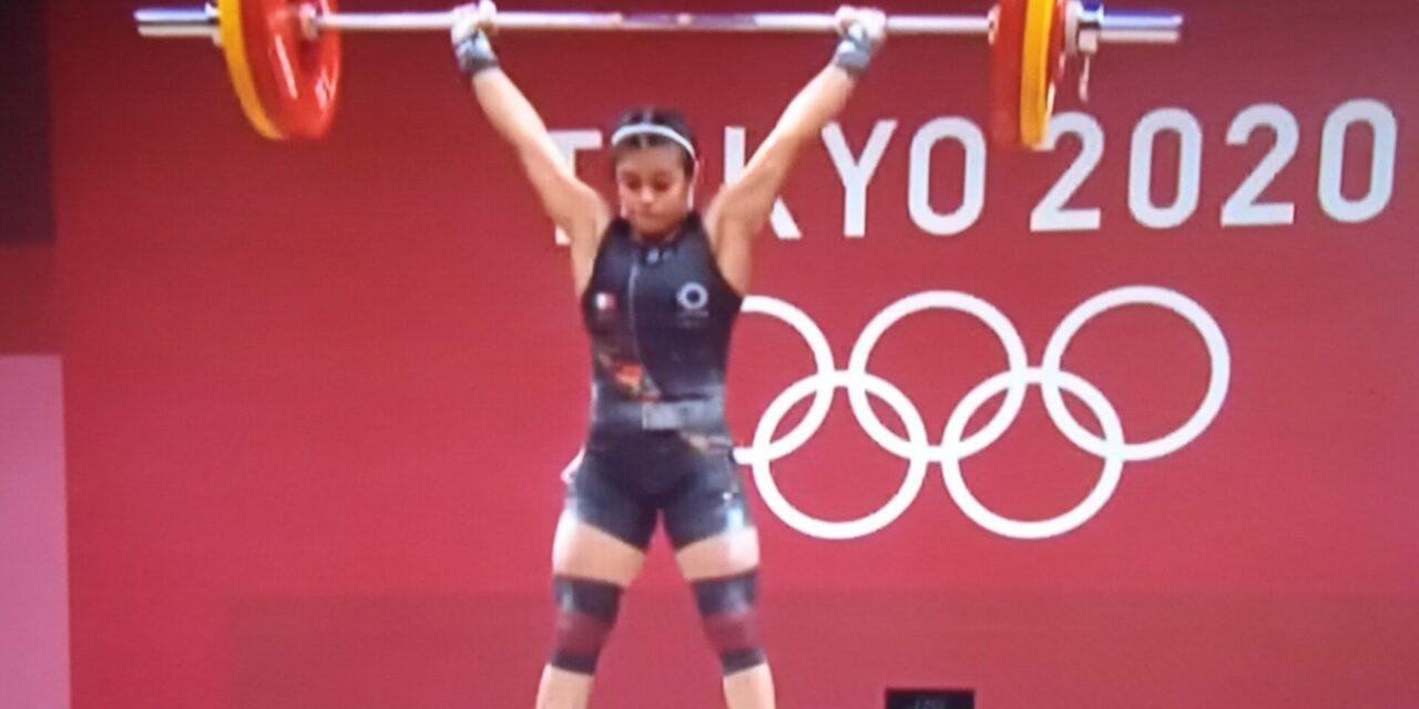 La Xalapeña Ana Gabriela López concluyó en el noveno lugar en la final de halterofilia en la categoría de 55 kilogramos