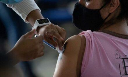 ¿Tienes más de 18 años? Ya puedes registrarte para recibir la vacuna anticovid