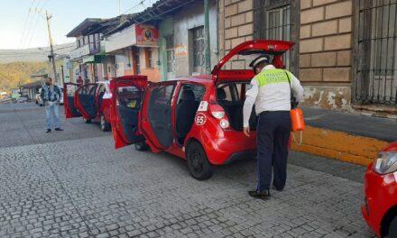 Filtros de desinfección de unidades en Coatepec y Banderilla.