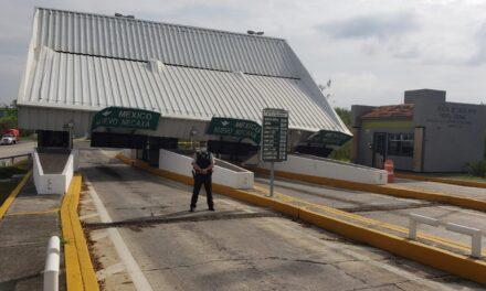 Se desploma techo de caseta de peaje al norte de Veracruz