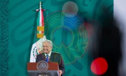 AMLO responde al INE: sí se llevará a cabo revocación de mandato