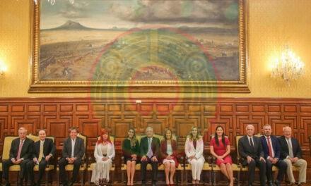 "Recomienda AMLO a gobernadores electos no ser ""tapaderas"" de sus antecesores"