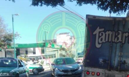 Accidente de tránsito sobre la avenida 20 de Noviembre, Xalapa