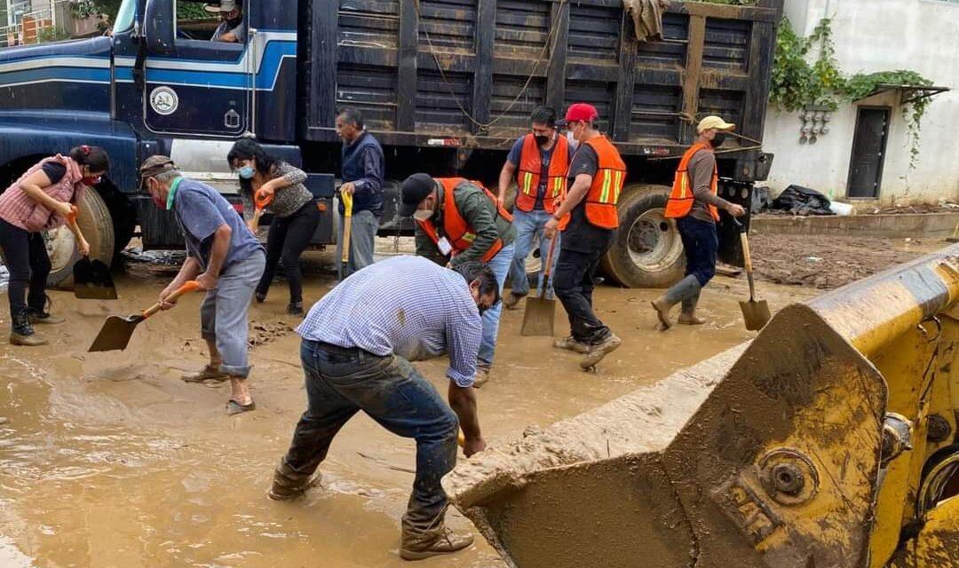 """9 mil elementos de los tres órdenes de gobierno atienden las afectaciones que dejó el Huracán """"Grace"""""""