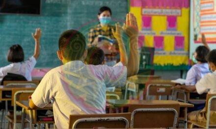 Regreso a clases es por necesidad, no por necedad, dice Delfina Gómez