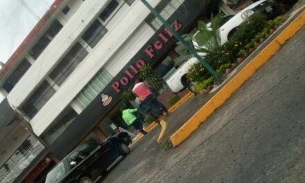 Accidente de tránsito sobre la Avenida 20 de Noviembre, a la altura de Xalapeños Ilustres